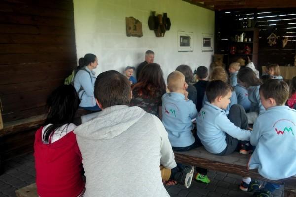 wycieczka edukacyjna dotycząca miodu